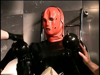 Kinky Dominatrices With a Latex Fetish Suffocate a Obedient Male