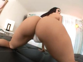 Rachel Starr looks amazing having hot sex