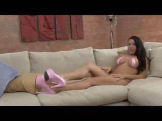 Jessica Bangkok shakes her large natural tits