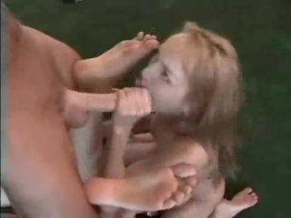 Skinny girls threesome and creampie eating
