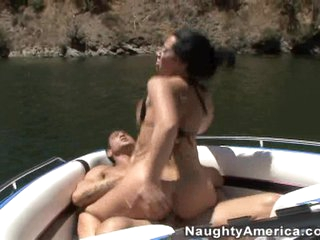 Jayden James fills her face hole with throbbing cock and is rewarded with a facial
