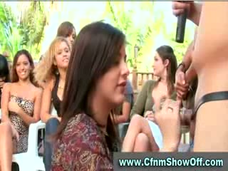 CFNM guy licks booty and cums in public at CFNM party