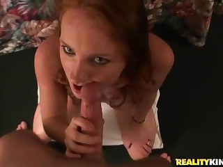 I picked her up for sex fun. And the fun was really good cuz cute chick Lindsey sucked licked a pro and her pussy was pretty tight. This POV sex video shows how it used to be. Enjoy!