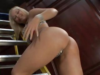 Sarah Vandella spreads her pussy lips for a banging