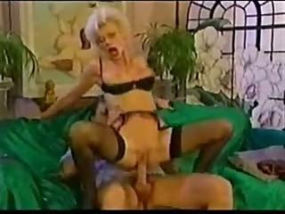 Mature Eva needs anal fuck and pussy fist