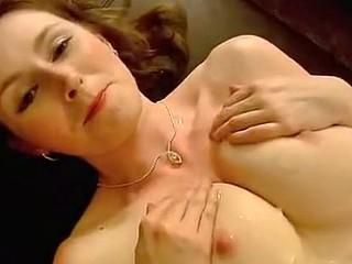 Elli's big tits in sex video