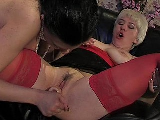 Penny&Laura lesbo older movie