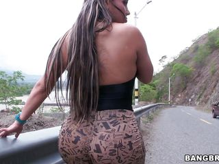 big booty milf bends over