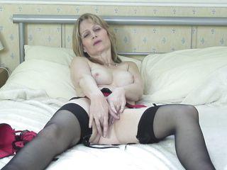 mature blonde jane having fun
